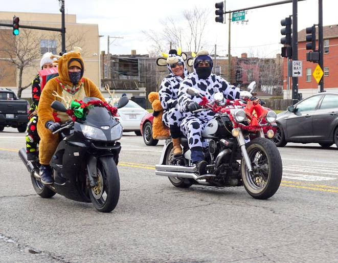 Toys for Tots parade in Chicago 2018